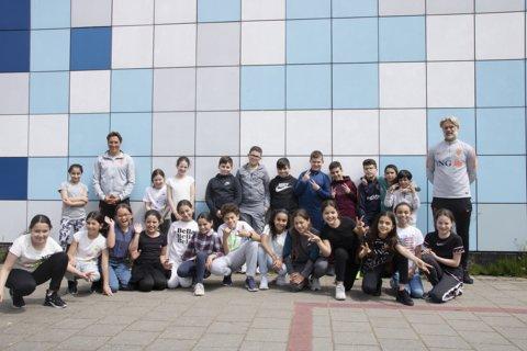 leerlingen van groep 6 van de Oscar Romero-basisschool