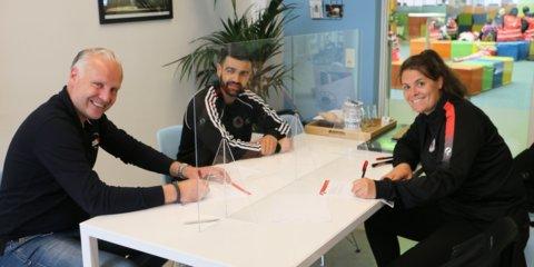 Ondertekening contract Willibrordschool en Excelsior